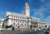 Photo of the Parkinson Building in Leeds