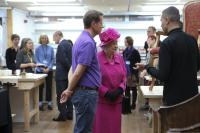 Photo of the Queen meeting an apprentice