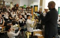 Photo of class playing lots of instruments