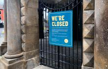 We're closed due to Covid-19 sign outside a public building