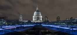 Millenium Bridge night