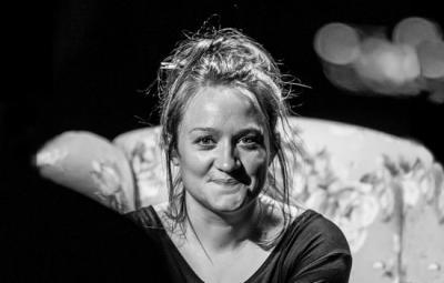 Photo of Beth Shouler by Pamela Raith