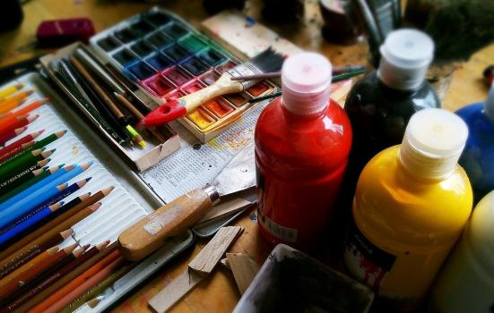 A picture of painting materials