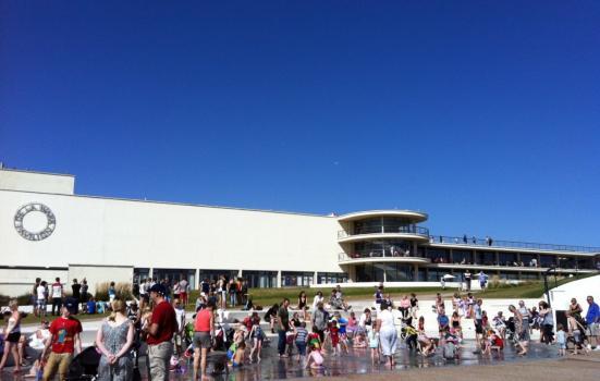 Photo of beach at De La Warr Pavilion