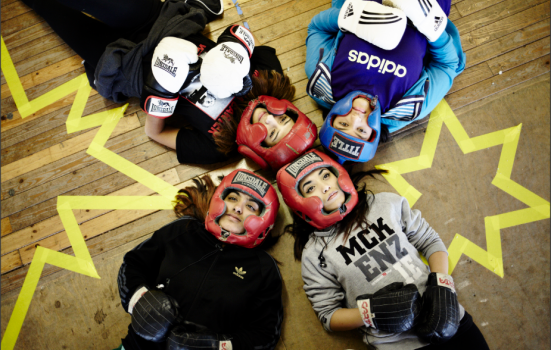Women boxing gloves Common Wealth