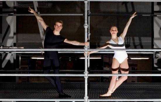 Photo of two ballet dancers on scaffolding