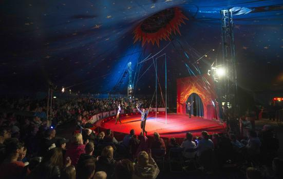 Image of Circus Starr performance