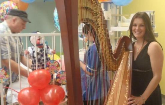Harpist on ward