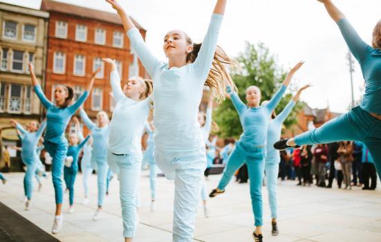 Hull Dancers