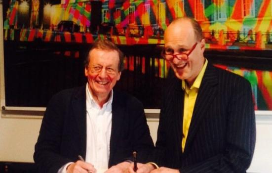 Photo of the Mayor of Bristol and Peter Bazalgette signing the memorandum