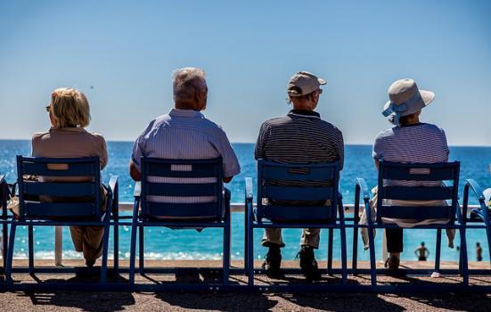 Photo of older people