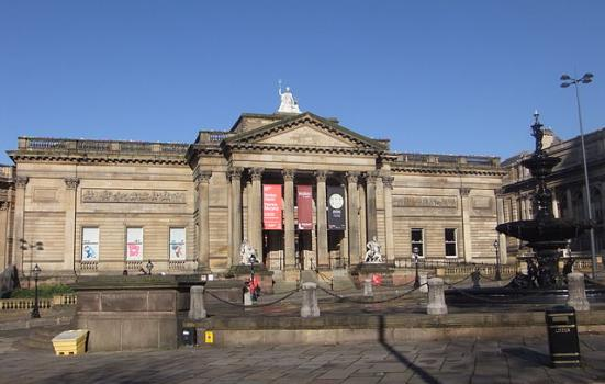 Photo of Walker Art Gallery